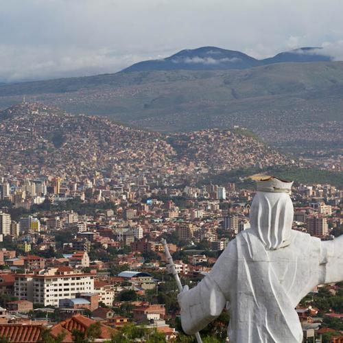 Aldea Cristo Rey über Cochabamba (Quelle: smmp.de)