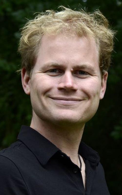 Tobias Busche